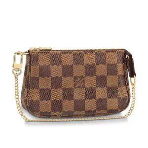 🎁 NEW Louis Vuitton Mini Pochette in Damier Ebene